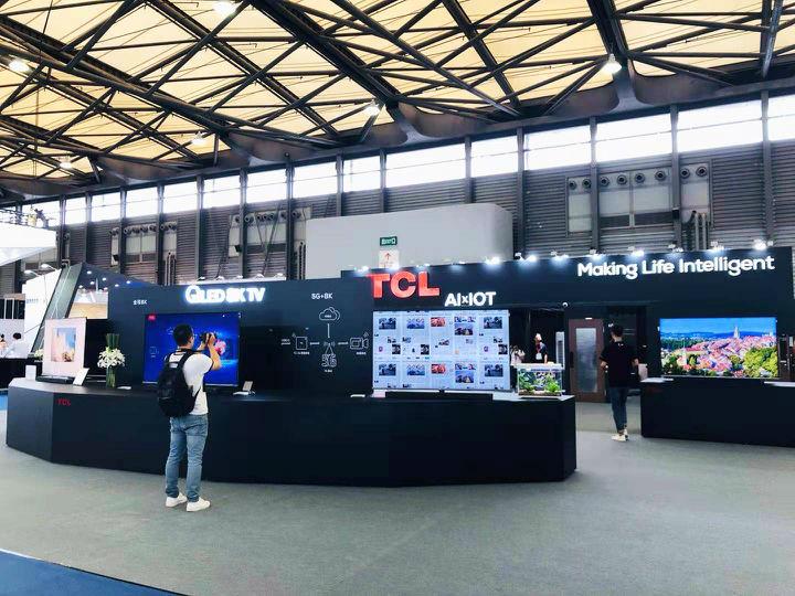 UDE2019:TCL 展示QLED 8K TV